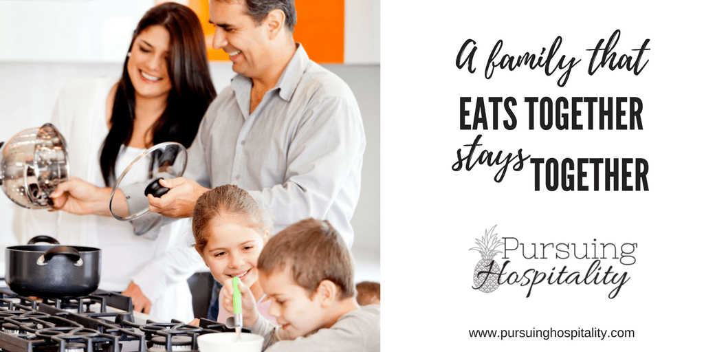 Why Eating Dinner together As a Family is Important