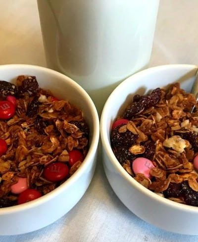 Homemade-Granola-for-Valentines-Day